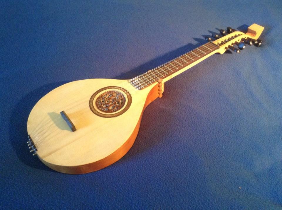 Harpe portative 23 cordes Cistre